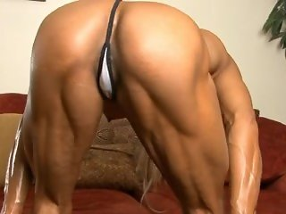 Thai muscle girl with awesome body
