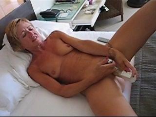 masturbation and cum /exhibition
