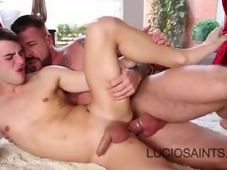 Bear daddy fucks his twink son