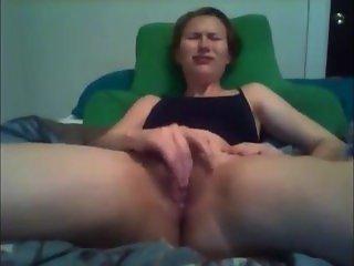 She Fucks Her Pussy To Very Big Orgasm - xxxcamcity.com