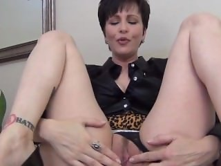 Mrs, Mischief - Mommy's Good Boy Creampie