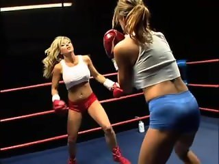 Catfight Boxing Tylene v Hollywood