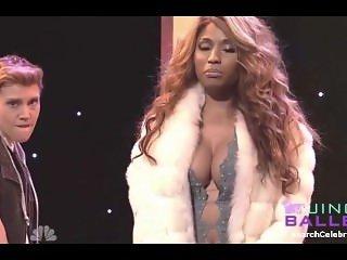 Nicki Minaj - SNL S40E08 (2014)
