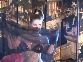 MODEL ERICA CAMPBELL- HAREM DANCE