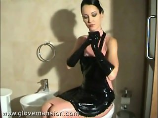 LATEX GLOVES MISTRESS HANDJOB Part 1
