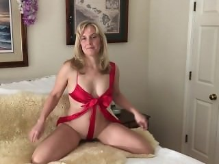 Cougar Dawn has a present!
