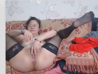 OMEGLE - mature in glasses webcam 05 04 2015
