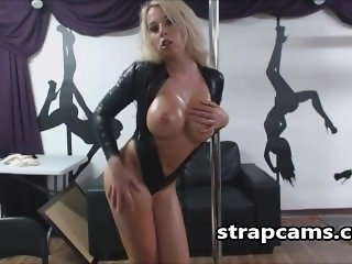 Lap Dancing Toying And Oiled Sexy Body