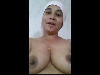 Bangladeshi parvin