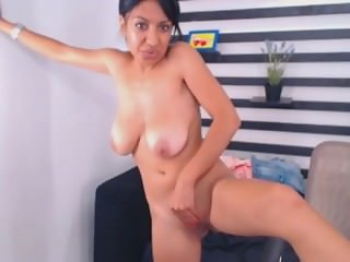 arabian slut masturbate on webcam omegle