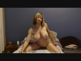 devon palying with her pussy skype
