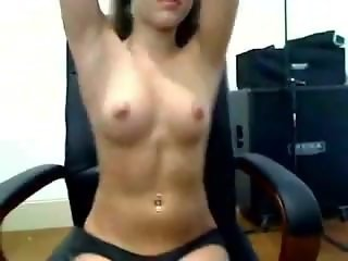 Brunette Teen Webcam Dancing
