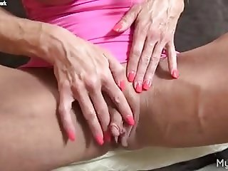 Female Muscle Pornstar Ashlee Chambers Big Clit