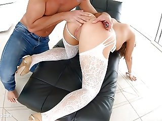 Nikki Waine deep anal hardcore gonzo scene by Ass Traffic