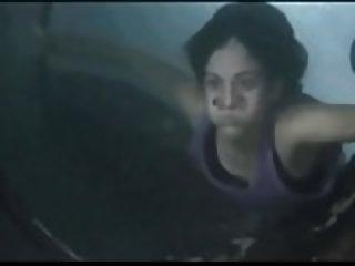 Amy Jo Johnson Near Drowning