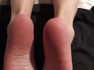 Cum on wifes soles