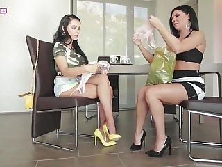 SHUGARBABESTV -ESPRESSO LESBIAN COFFEE