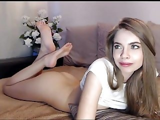 oh my goddess ... this feet are gorgeous 3