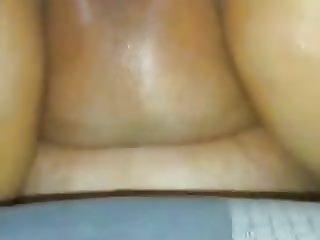 La putita de mi mujer con un moreno