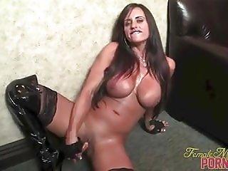 Female Bodybuilder Pornstar Nikki Jackson Fucks Herself