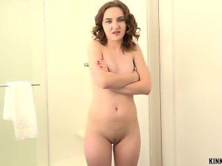 Kinky Family - Kelsey Kage - I came on my stepsis face