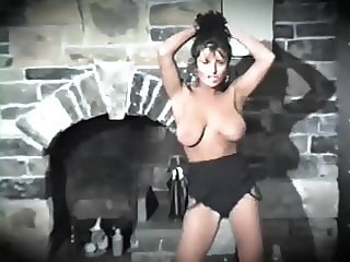 SET YOU FREE - big bouncy tits dance tease