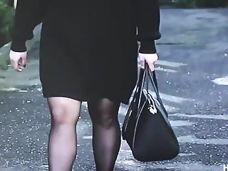 Slut turkish woman in Shiny black pantyhose
