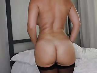 Big Booty in Stockings 1