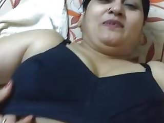 Sexy mature Pathan woman is horny