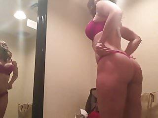 Chloe 4