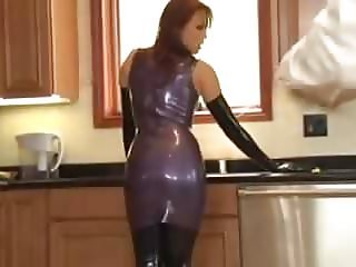 Latex Ladies prt1 (sexy1foryou)