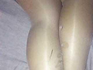 Cum on pantyhose gf legs