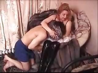 Eliza jane fists and fucks corbin dallas - 3 4